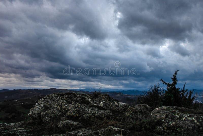 Minha opinião pessoal da rocha do brisighella fotografia de stock royalty free
