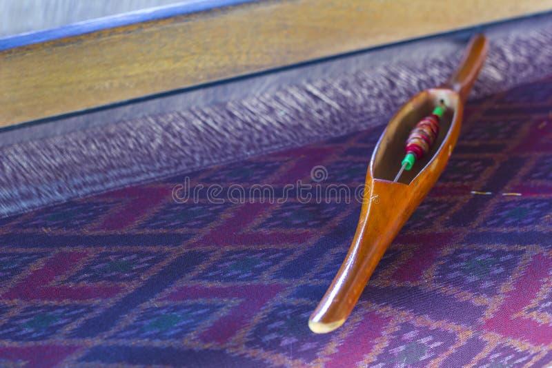 Mini équipement de tissage thaïlandais fabriqué à la main image stock