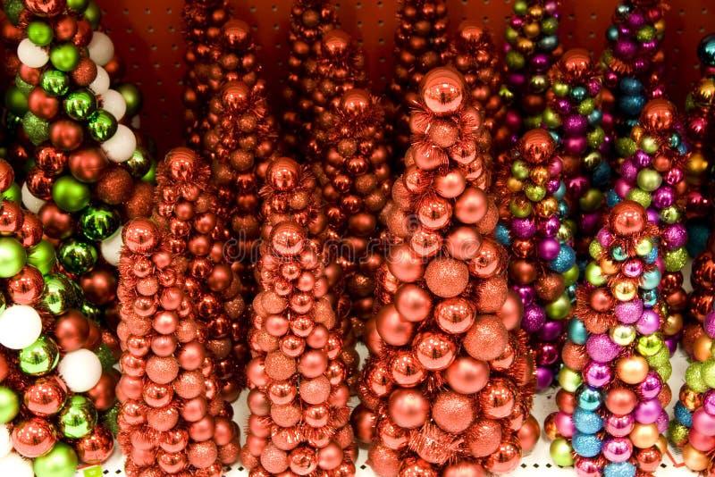 Mini Arbres De Noël à Vendre Photos libres de droits