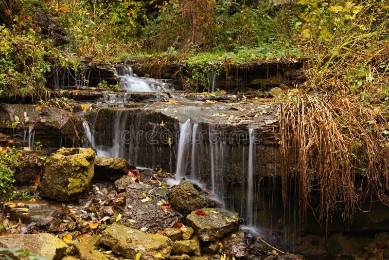 Mini caídas del agua imagen de archivo libre de regalías