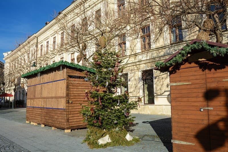 Mini-café en la ciudad de Baden cerca de Viena después de la Navidad austria fotografía de archivo libre de regalías
