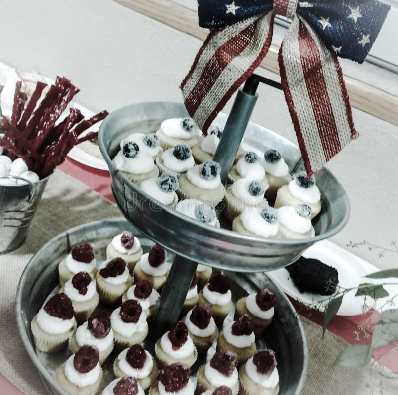 Mini Cupcakes fotografía de archivo libre de regalías