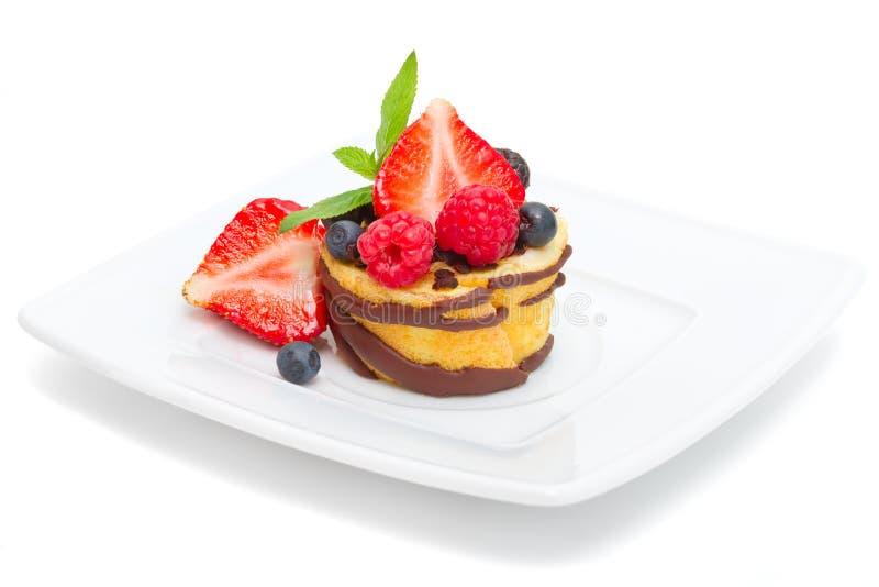 Mini gâteau de fruit sur le blanc photos stock