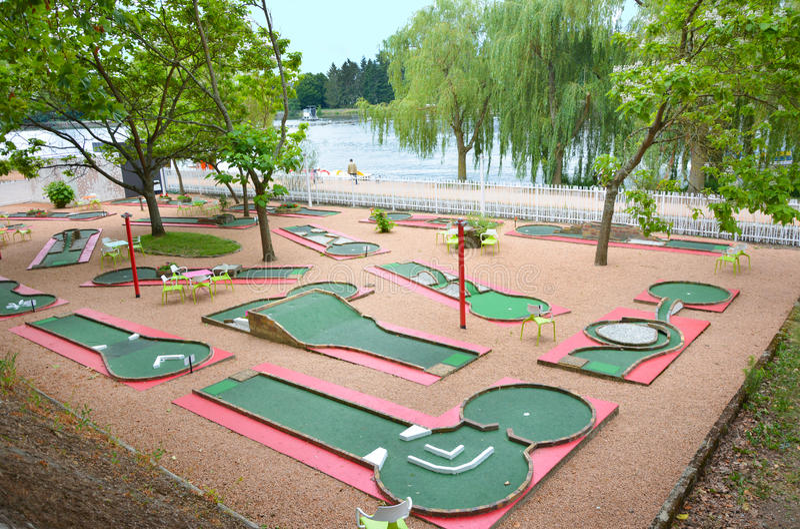 Mini- golfklubb royaltyfri foto