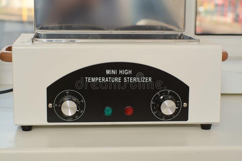 Mini- mycket varm sterelizer Sjukv?rd f?r medicinsk utrustning royaltyfri fotografi