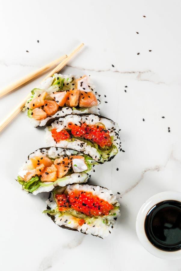 Mini tacos del sushi foto de archivo libre de regalías
