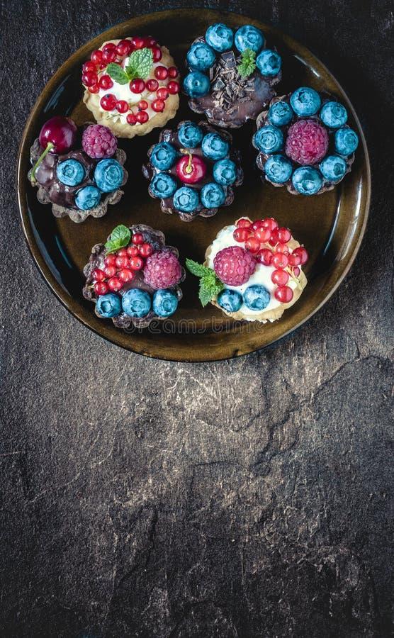 Mini torta agria dulce fotografía de archivo libre de regalías