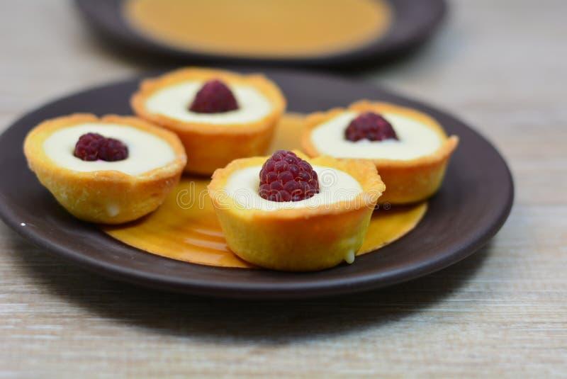 Mini torta di formaggio saporita fotografie stock