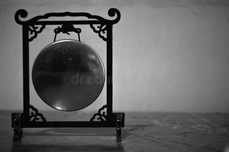 Miniatura Chiński gong w Czarny i biały obraz stock