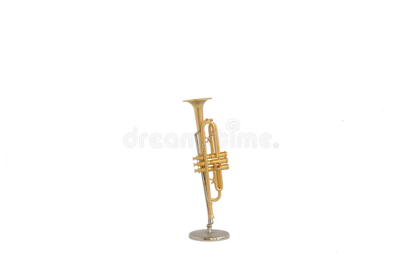 Miniature de trompette d'or d'isolement photo libre de droits