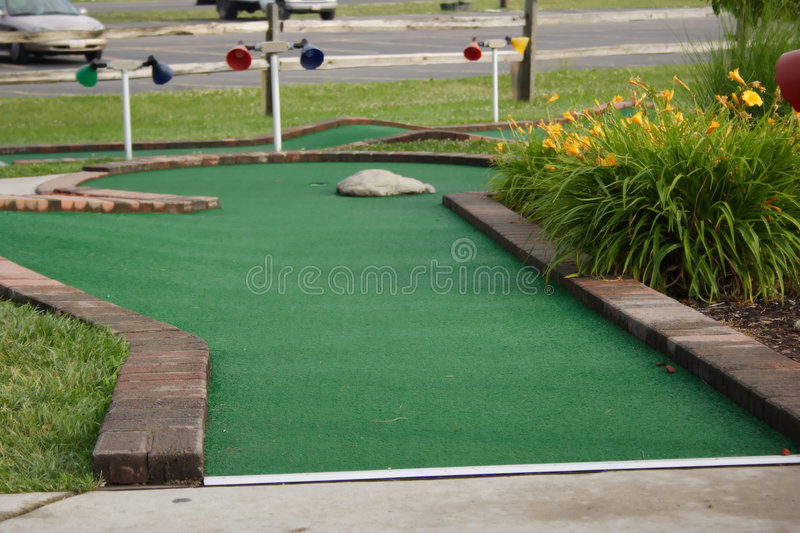 Download Miniature golf hole stock image. Image of roll, green, putt - 916253
