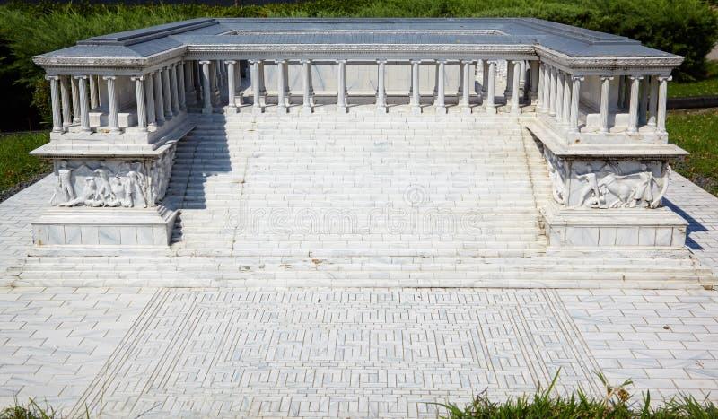 Miniaturk, Istanboel Verminderd exemplaar van Pergamon-Altaar in royalty-vrije stock foto