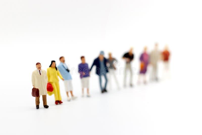 Miniaturowi ludzie: Biznesowi osoba kandydata grupy ludzie obrazy stock