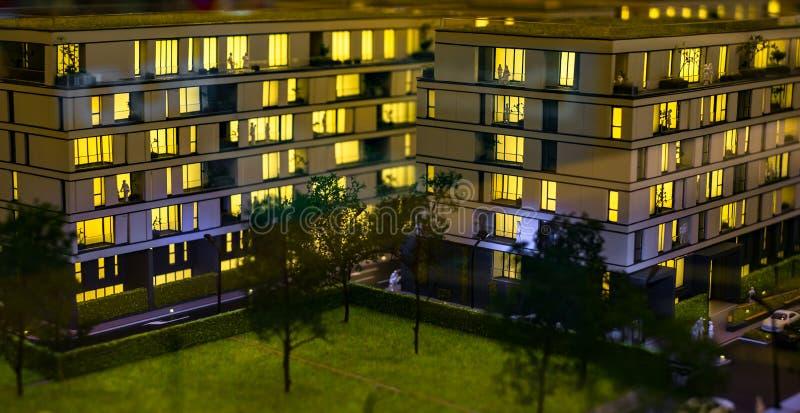 Miniaturowy miasto z kompleks apartamentów budynkiem fotografia royalty free