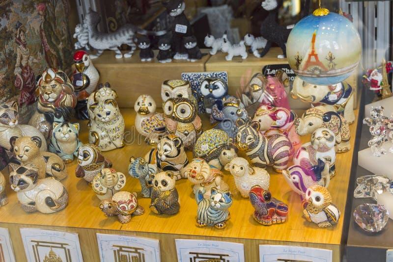 Miniatuur ceramische herinneringen stock foto