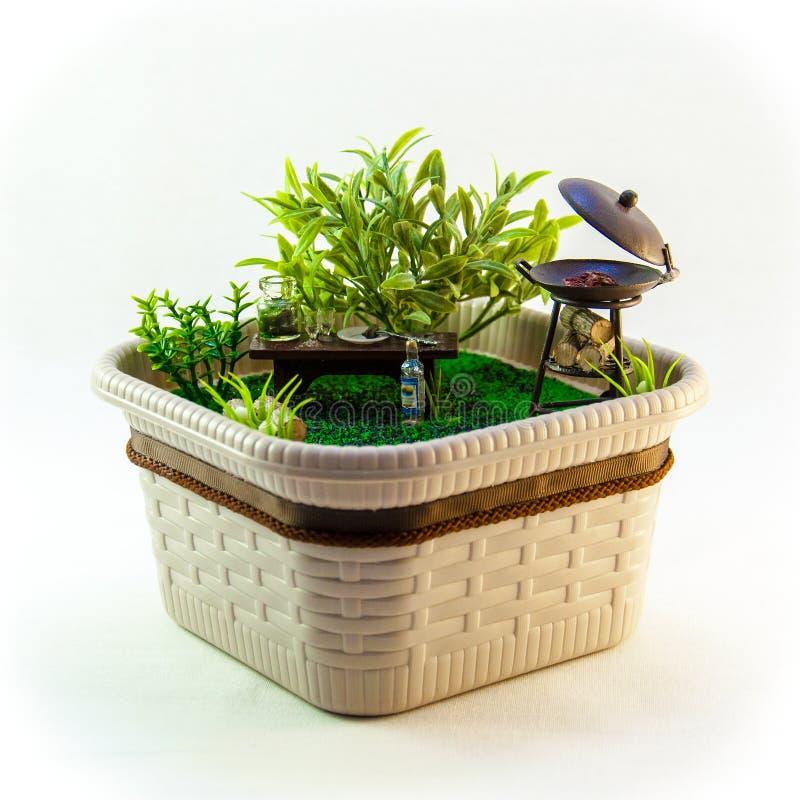 Miniatuur, de rust van het land picknickvlees royalty-vrije stock foto