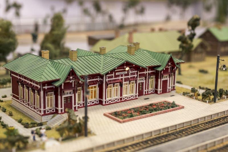 Miniatuur van station Model van retro spoorwegpost stock foto's