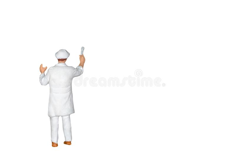 Miniatuurmensen: Schilder die een borstel houden die op witte bac wordt geïsoleerd royalty-vrije stock fotografie