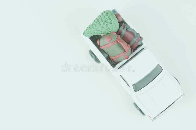 Miniatyr av en liten julbil arkivbild