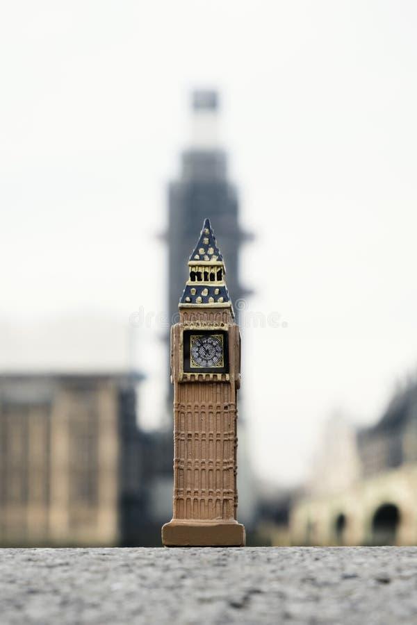 Miniatyr av klockatornet i London, UK royaltyfria bilder
