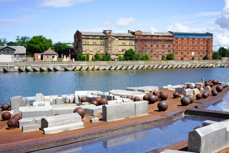 Miniatyrskalamodell av en Liepaja stad som visar byggnaderna, gator i stor detalj royaltyfri foto