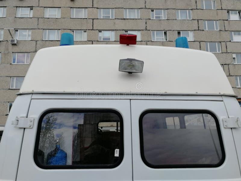 Minibus di UAZ dell'ambulanza, Surgut, Russia, il 28 maggio 2019 fotografie stock