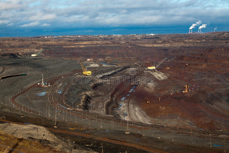 Miniera del minerale ferroso fotografia stock