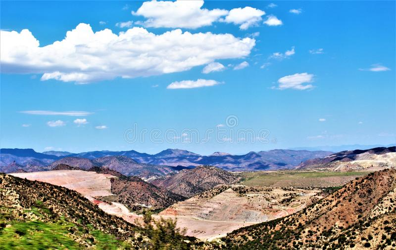 Miniera dell'uccellino azzurro, foresta nazionale di Tonto, distretto diGlobo-Miami, Gila County, Arizona, Stati Uniti fotografie stock libere da diritti
