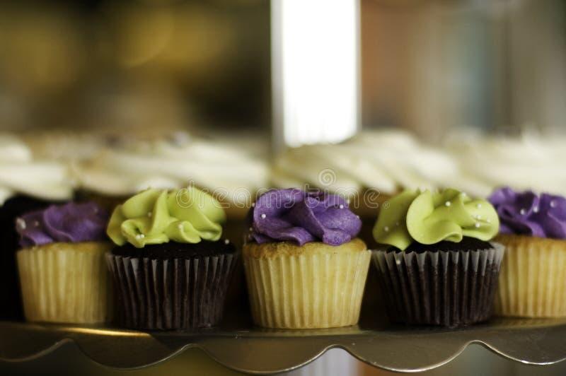 Minikleine kuchen lizenzfreie stockbilder