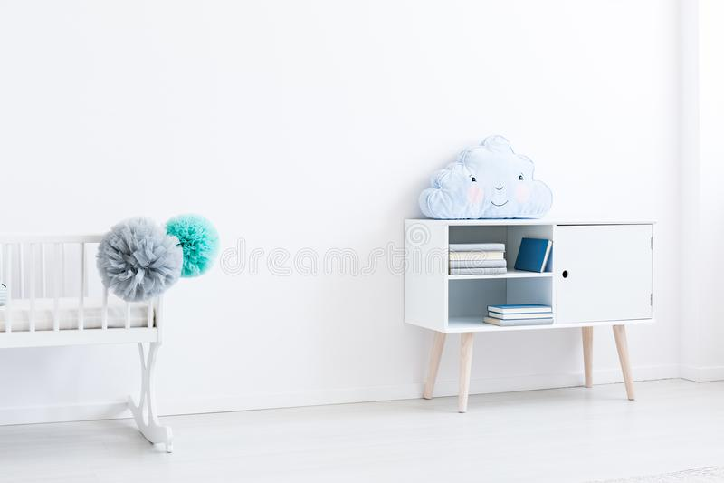 Minimale baby` s ruimte stock afbeelding