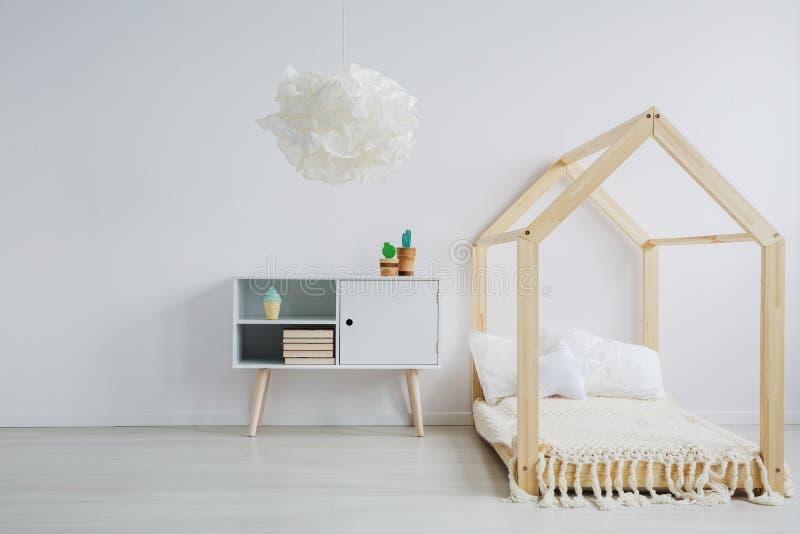 Minimalist rum för barn royaltyfri fotografi