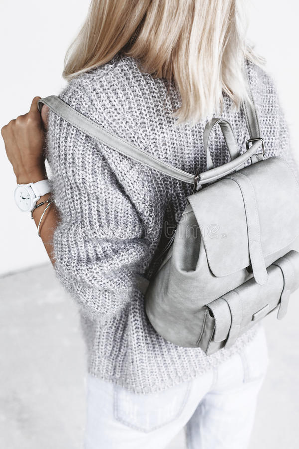 minimalistic时尚成套装备细节  库存照片