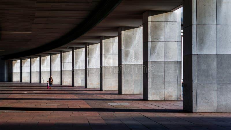 Minimalizm w architekturze i liniach zdjęcia royalty free