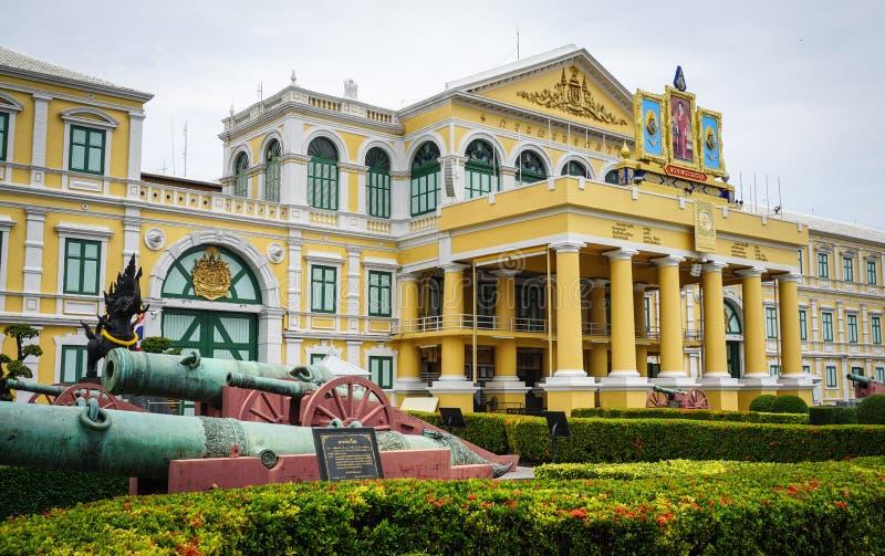 Ministério de defesa em Banguecoque, Tailândia foto de stock