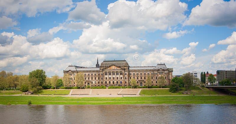 Ministerie van Financiën en Saksische Staat royalty-vrije stock afbeelding