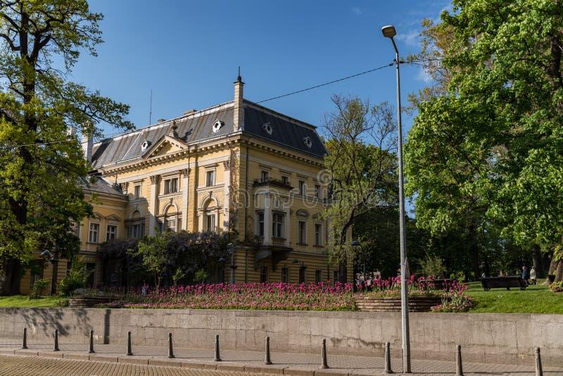 Ministerie van Nationaal kunstgalerie en Etnographic-museum in vroeger koningspaleis in Sofia Bulgaria Het paleis werd gebouwd in stock afbeelding