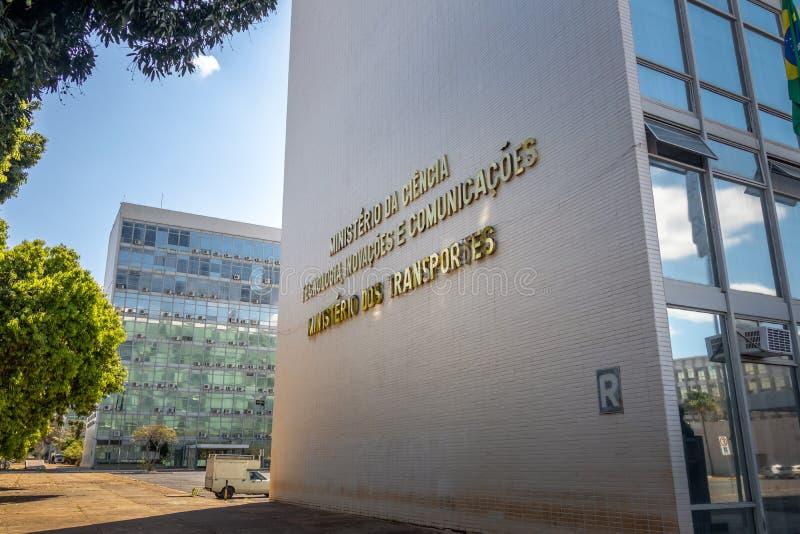 Ministerstwo transport i ministerstwo nauka i technika budynek - Brasilia, Distrito Federacyjny, Brazylia zdjęcia stock