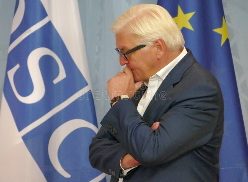 Ministro degli affari esteri federale Dr Frank-Walter Steinmeier alla riunione informale del ministro degli affari esteri di OSCE fotografia stock
