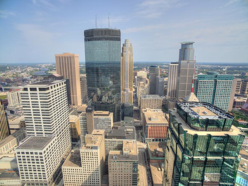 Minneapolis horisont i Minnesota, USA arkivfoto