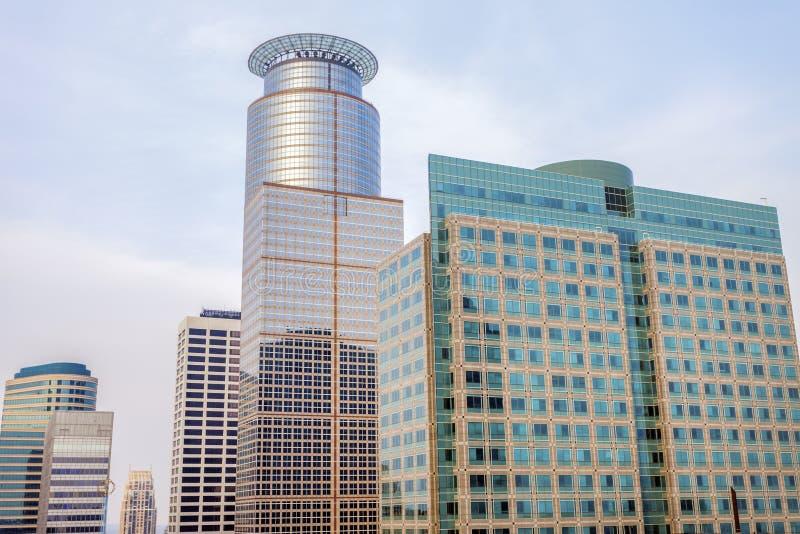 minneapolis skyskrapor royaltyfria bilder