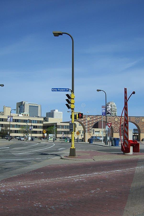 Minneapolis - viejo Kirby Puckett Place imágenes de archivo libres de regalías