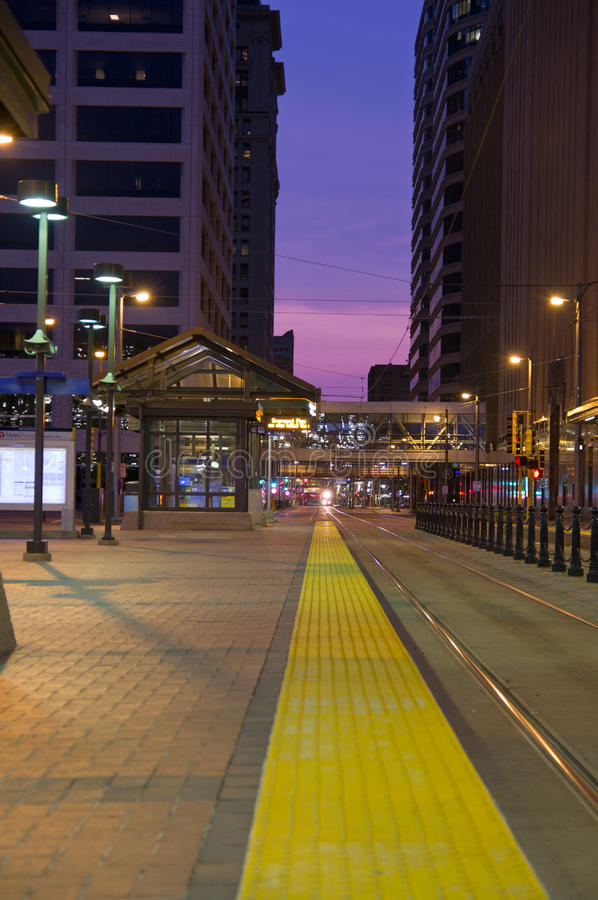 Download Minneapollis Light Rail At Night Editorial Image - Image of corridor, minnesota: 26004940