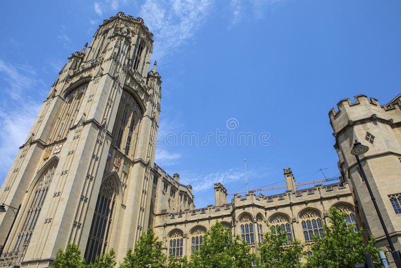 Minnes- byggnad f?r Wills i Bristol royaltyfria bilder