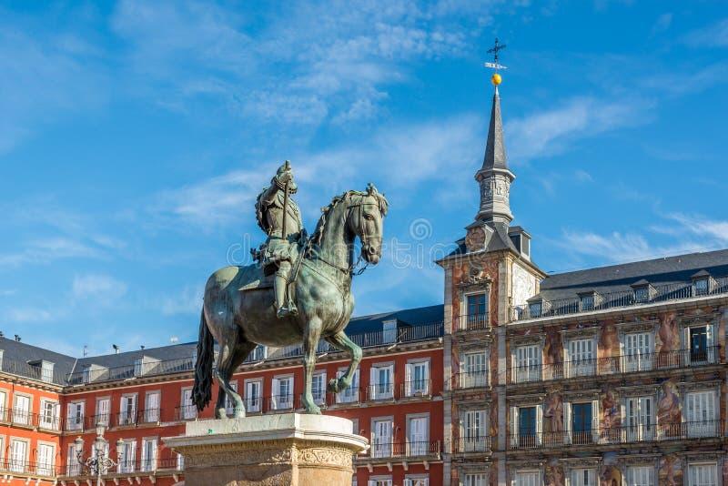 Minnes- Felipe III på borgmästaren Place av Madrid royaltyfri fotografi