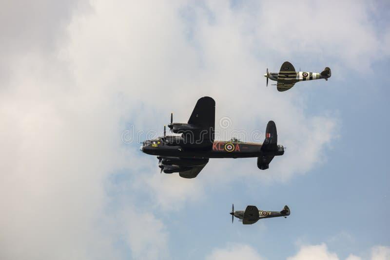 Minnes- flyg av nivån för luft för tid för krig för Lancaster bombplan den tunga royaltyfria bilder