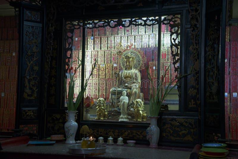 Minnes- korridor av jadekejsarepagoden Ho Chi Minh stad royaltyfria bilder