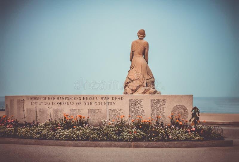 Minnesmärke för de stupade hjältarna som är borttappade på havet fotografering för bildbyråer