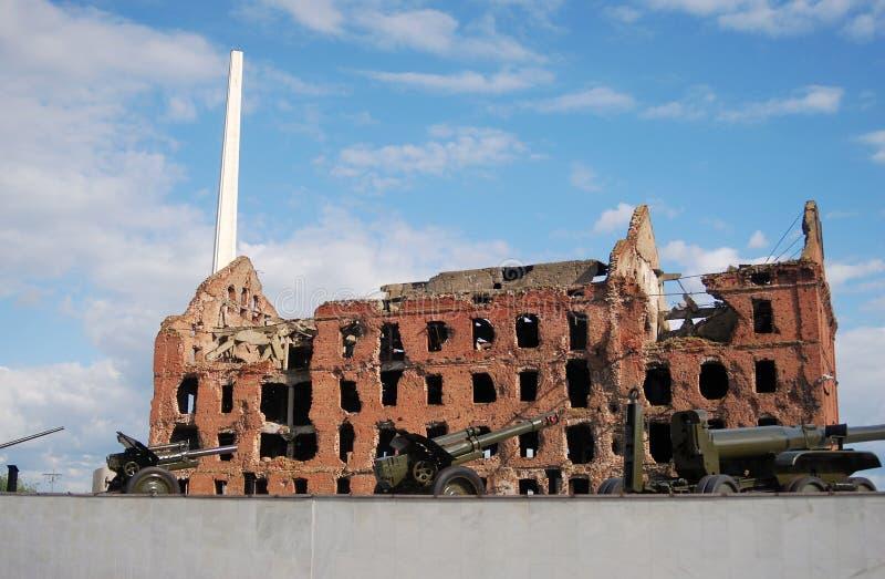 Minnesmärke för Stalingrad stridkrig i Volgograd, Ryssland royaltyfria bilder