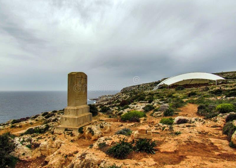 Minnesmärke till megalitiskt tempelkomplex för general Sir Walter Norris Congreve och Hagar Qim på den medelhavs- ön av Malta med arkivfoto