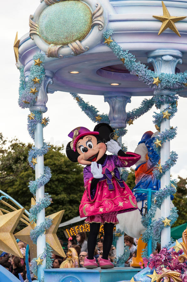 Download Minnie Mouse editorial stock photo. Image of fable, attraction - 26736763